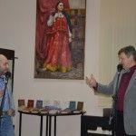 Полонез, дуэль в салоне Анны Шерер и 351 роман: в Барнауле открылась тематическая книжная выставка