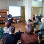 «Резать к чертовой матери, не дожидаясь перитонита!»: 15 декабря в клубе любителей истории обсудили, каким должен быть герб Барнаула.